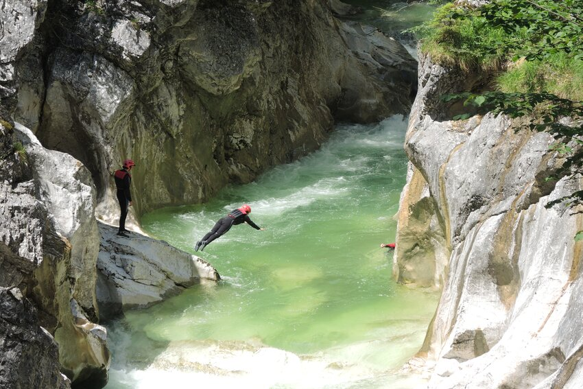Whitewater swimming in Kaiserklamm in Brandenberg