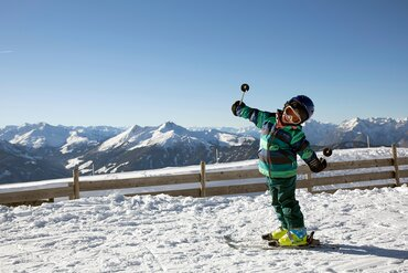 Children skiing in Alpbachtal - Winter in Alpbachtal