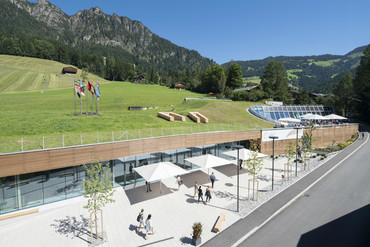 CCA Vorplatz | © Congress Centrum Alpbach