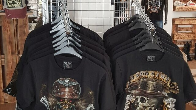 Mike's Metal Store T-Shirts | © Mike's Metal Store